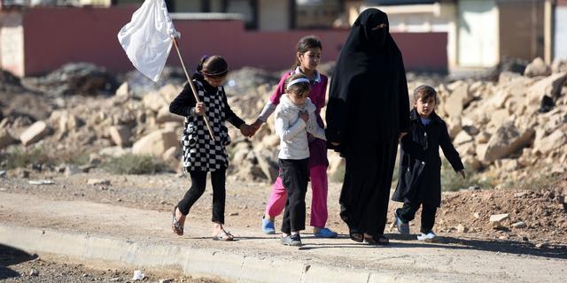 Aantal families die vluchten uit Iraakse stad Mosul neemt snel toe