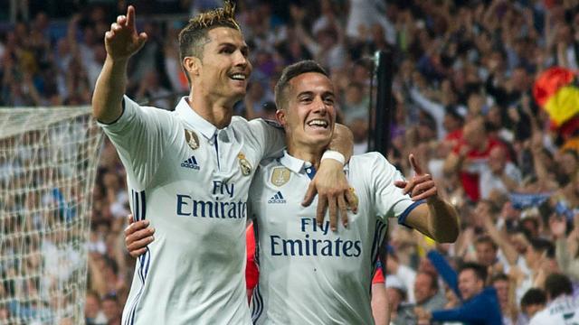 Ronaldo completeert hattrick op aangeven Vazquez