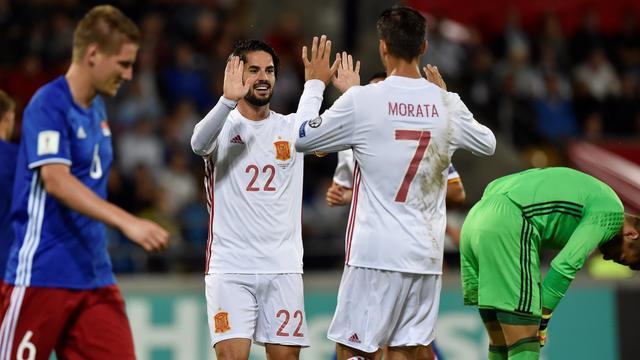 Spanje werkt aan doelsaldo in Liechtenstein, zuinige zege Italië