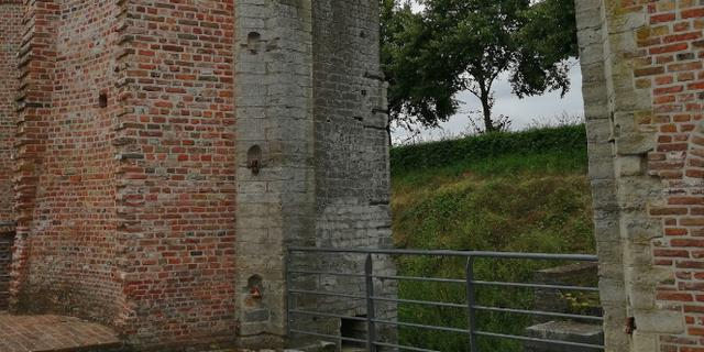 Twee kunstwerken vernield tijdens kunstroute Wal-Art in Hulst