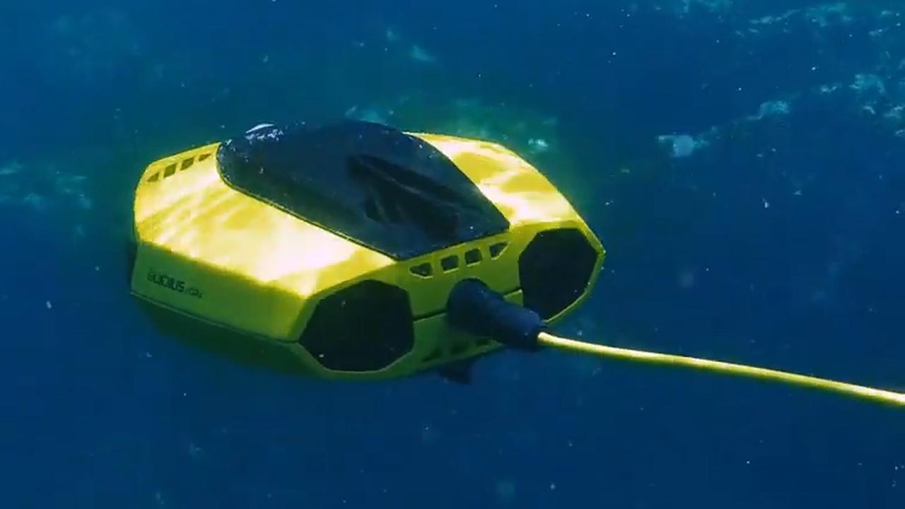 Kleinste onderwaterdrone ooit kan met app bestuurd worden