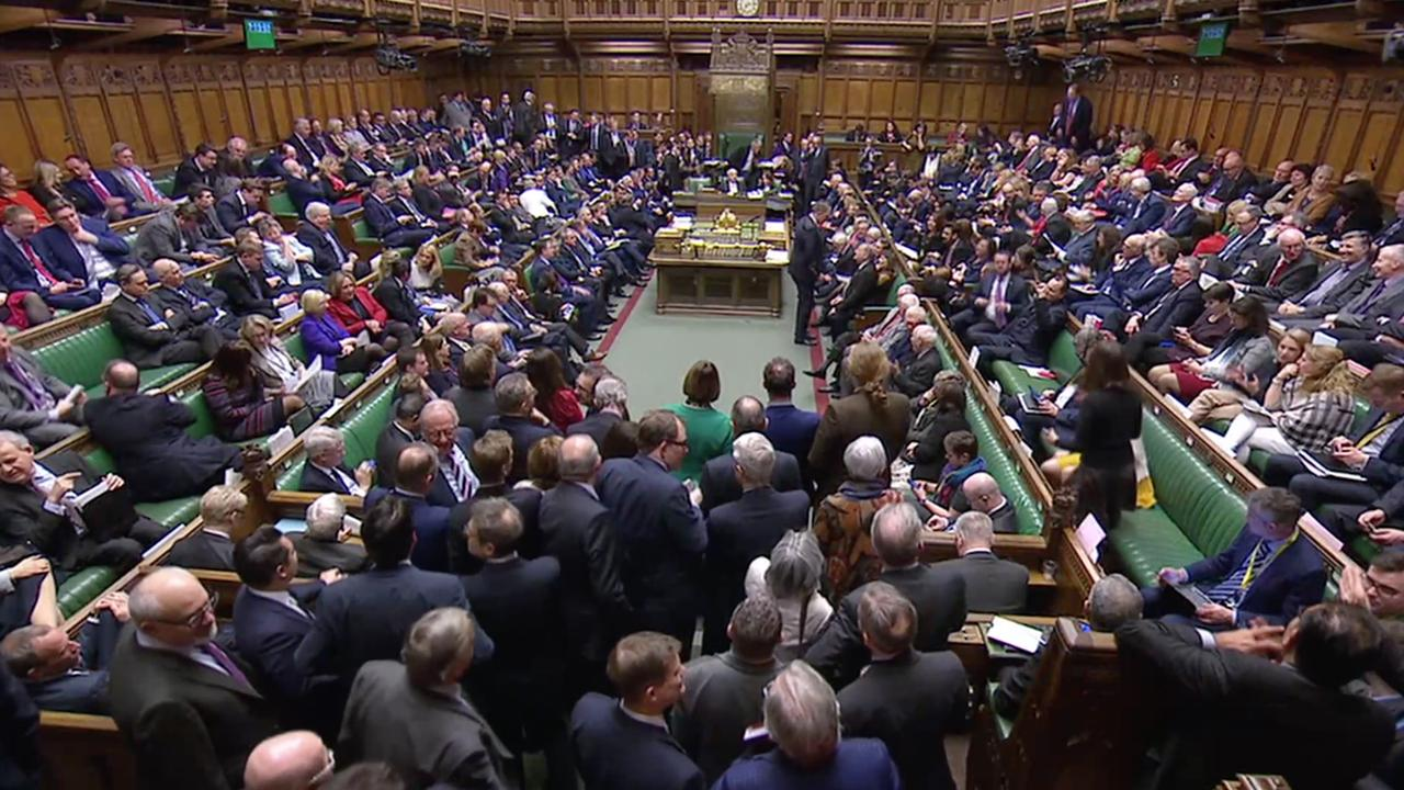 Live: May spreekt Lagerhuis toe na stemming 'no deal-Brexit'