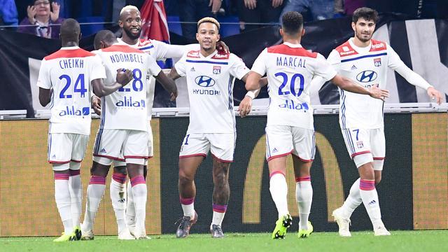 Memphis scoort voor Lyon, Jovic vestigt Bundesliga-record met vijf goals