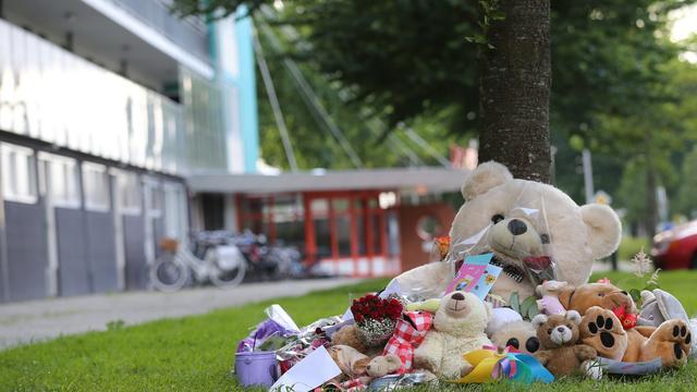 Moeder alsnog aangehouden voor dood dochter (8) na val flat Hoogeveen