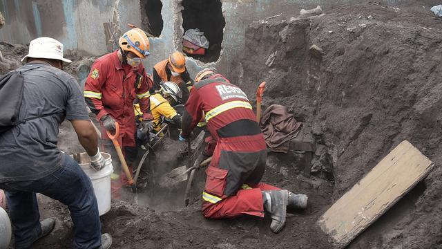 Guatemala stopt deels met zoektocht naar overlevenden uitbarsting vulkaan