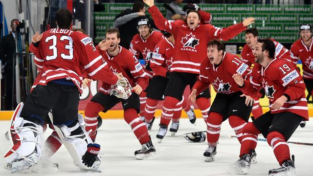 Canadese ijshockeyers verslaan Finland en prolongeren wereldtitel