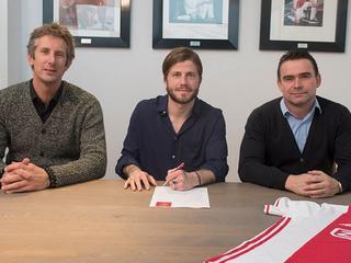 Deense middenvelder speelt al sinds 2012 bij Amsterdamse club