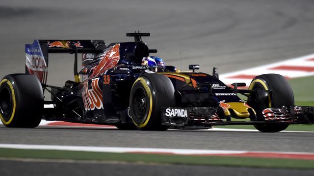 Verstappen eindigt als zesde in Grand Prix Bahrein
