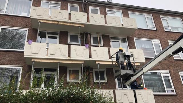 Zestig balkons met betonrot in Heuvel worden verstevigd