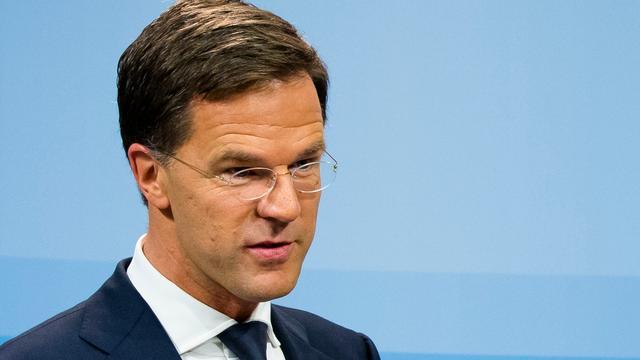 Rutte blijft Van der Steur steunen na kwestie-Maat