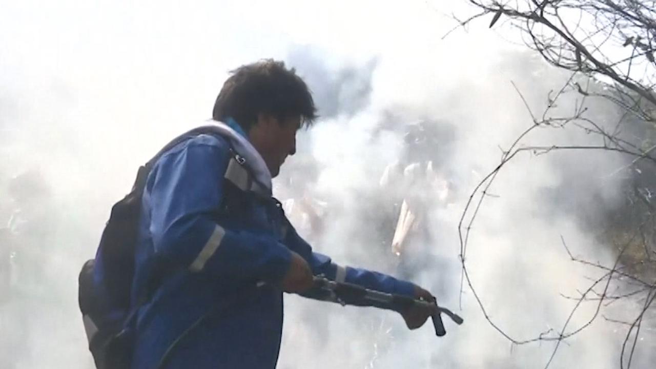 Boliviaanse president blust eigenhandig branden in Amazone