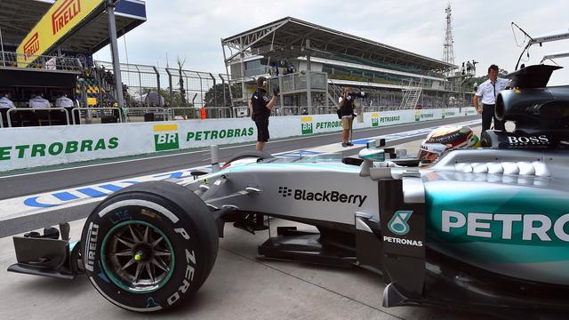 Hamilton mocht van Mercedes tactiek niet veranderen in Brazilië