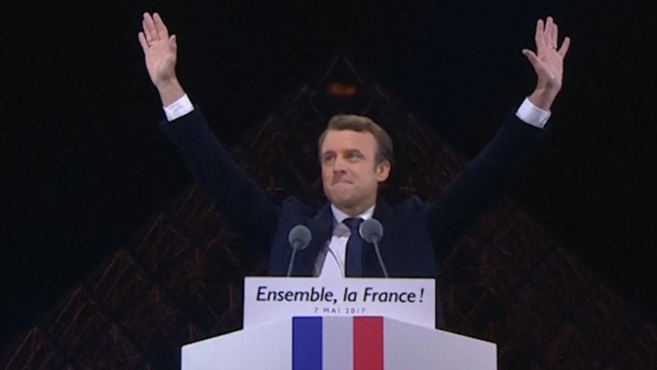 Kersverse Franse president Macron houdt overwinningsspeech in Parijs