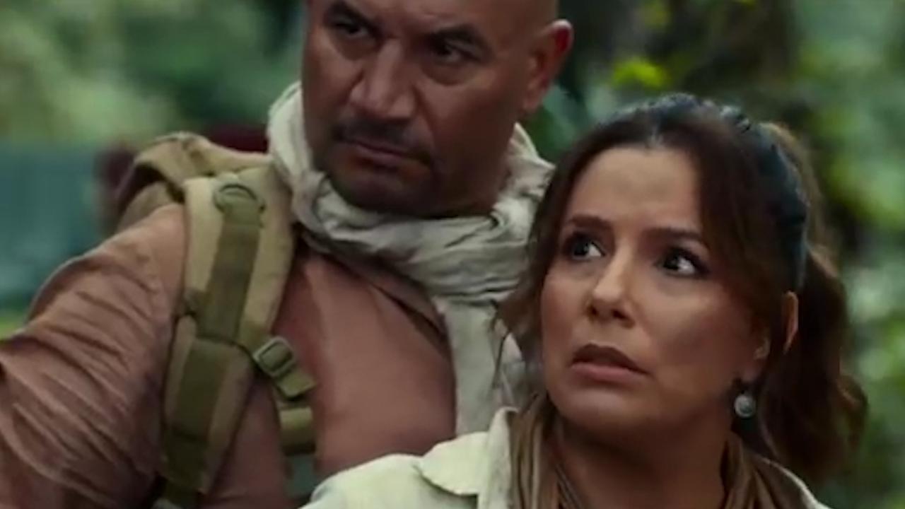 Eva Longoria plays mother in the new 'Dora the Explorer' trailer