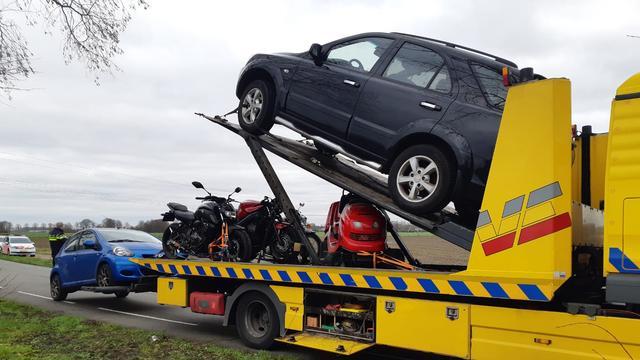 Politie legt beslag op negentien voertuigen in witwasonderzoek Prinsenbeek