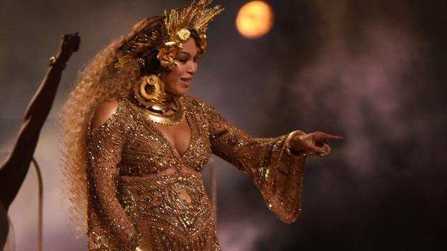 Microfoon Beyoncé levert ruim 10.000 euro op