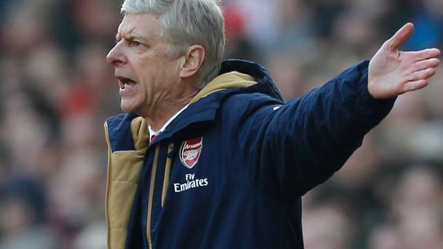 Wenger noemt speculaties over zijn toekomst bij Arsenal een klucht