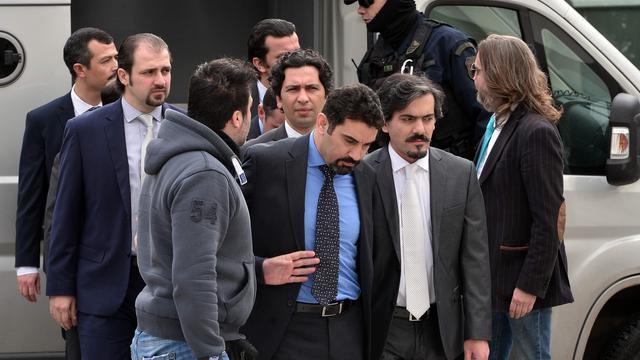 Griekse rechtbank staat uitlevering Turkse militairen toch toe