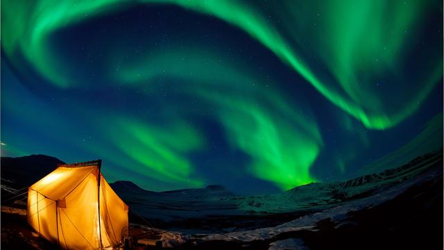 DOT Dome Cinema: Life Under the Arctic Sky - DOT