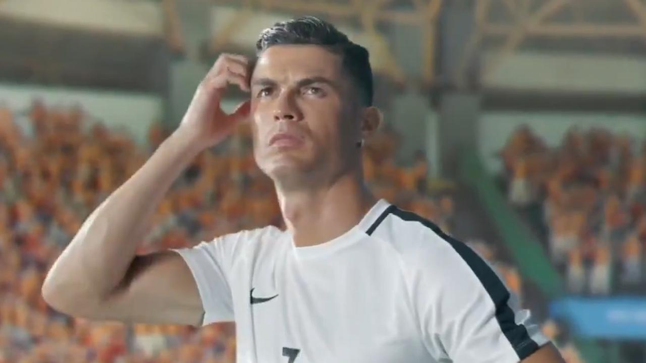 Cristiano Ronaldo acteert in opmerkelijke commercial