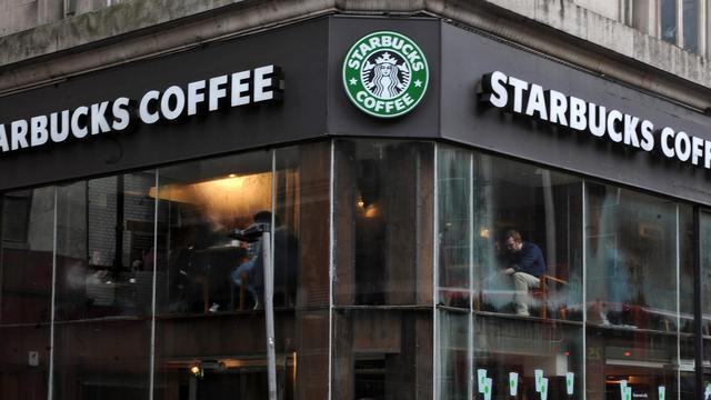 'Starbucks moet miljoenen belastingvoordeel aan Nederland terugbetalen'