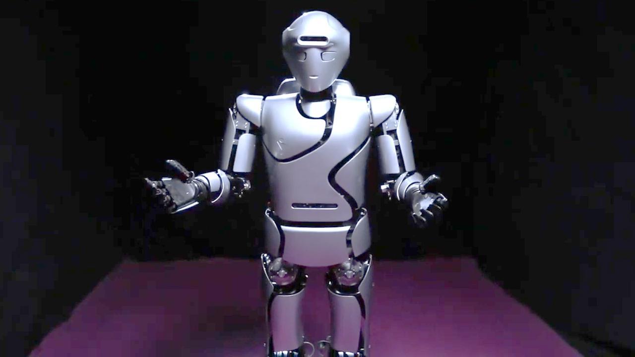 Iran onthult geavanceerde versie van zijn humanoïde robot