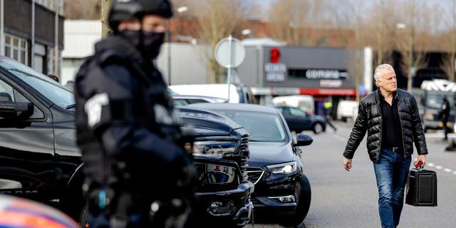 OM-baas: Aannemelijk dat De Vries is vermoord vanwege rol in strafproces