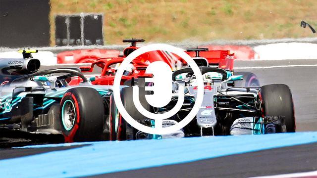 Vettel maakt cruciale fouten in titelstrijd Formule 1