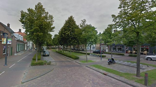 Brand bij kantoorpand op de Markt in Etten-Leur