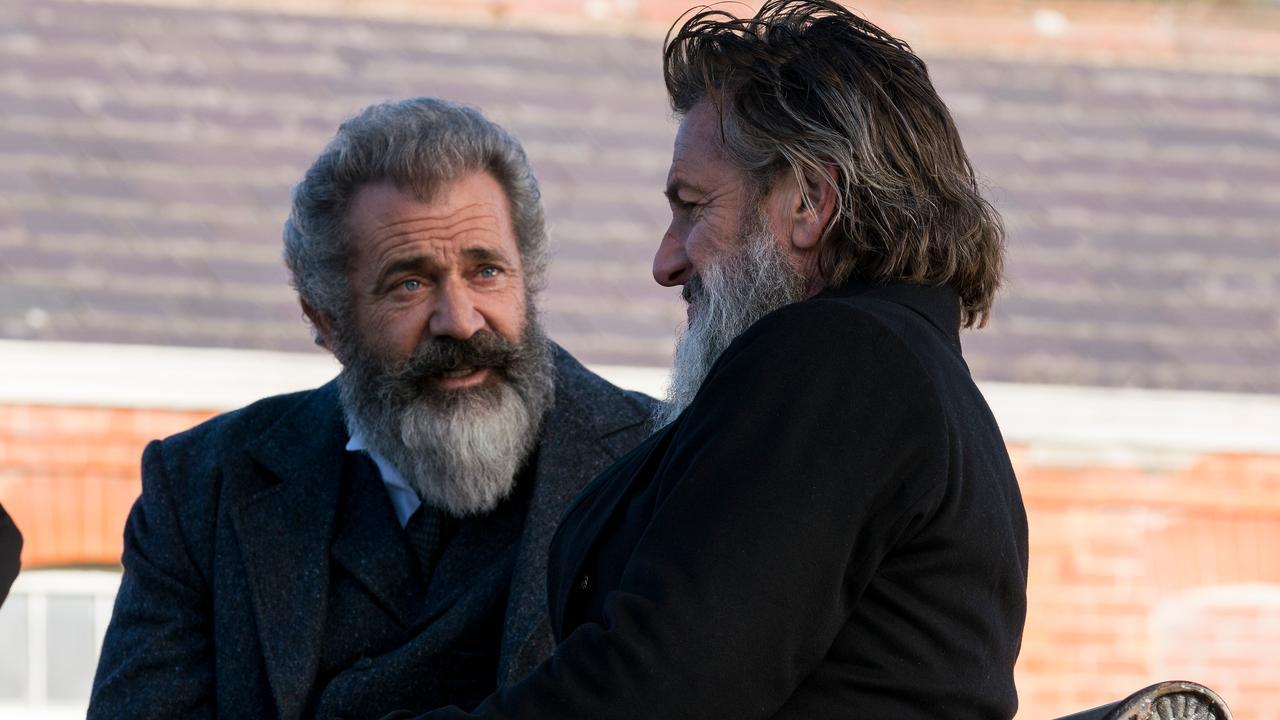 Bekijk hier de trailer van The Professor and the Madman