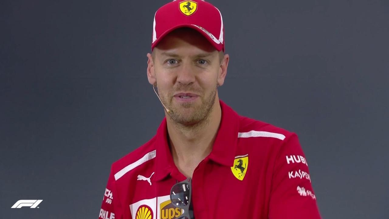 Vettel: 'Bananen uit Mario Kart zijn misschien beter idee dan DRS'