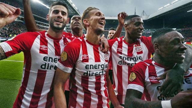 Briefje met uitspraak Schöne motiveerde PSV'ers in topper tegen Ajax