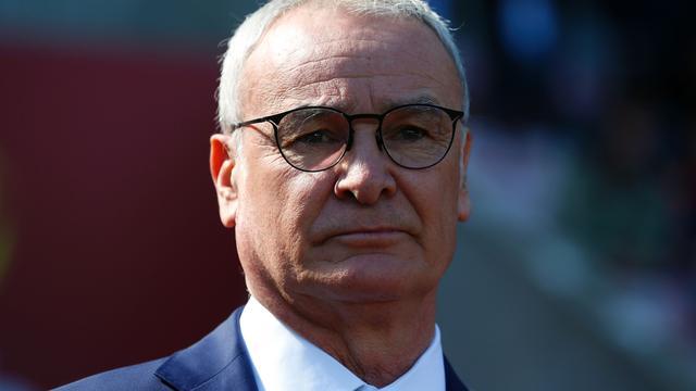 Leicester-trainer Ranieri in tranen na vijfde zege op rij
