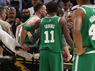 Cleveland Cavaliers nipt voorbij Boston Celtics