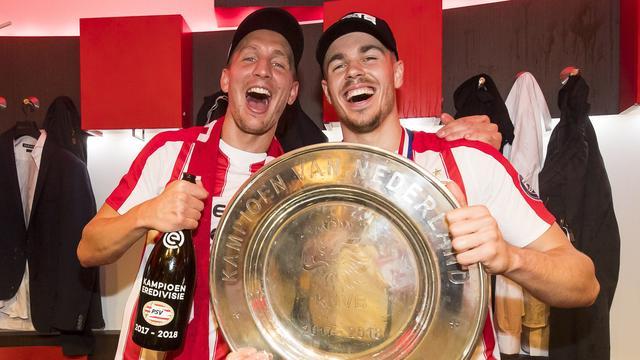 De Jong en Van Ginkel roemen teamgeest bij kampioen PSV