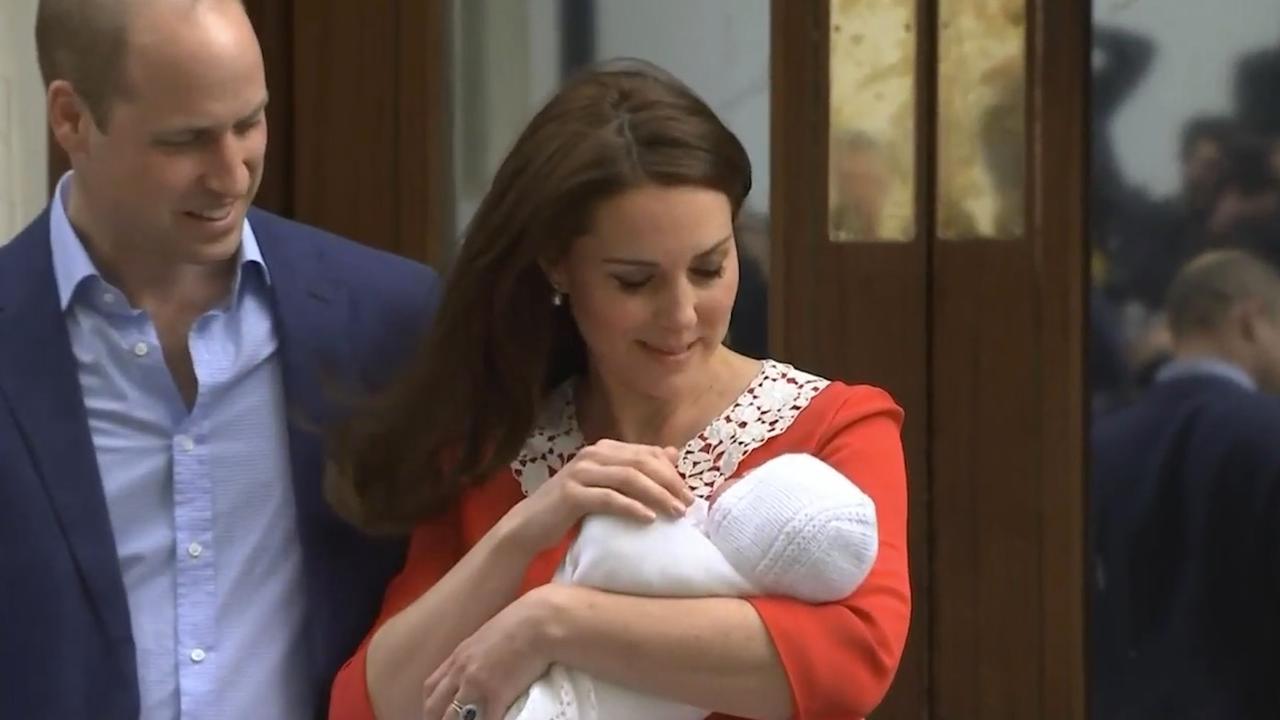 Eerste beelden van zoon prins William en Kate Middleton