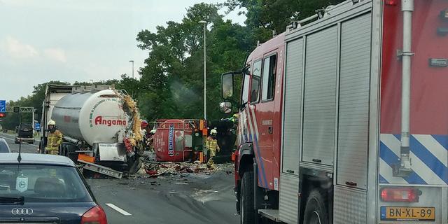 Duitse vrachtwagenchauffeur (64) omgekomen bij ongeluk op A1