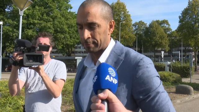 Advocaat Jos B. komt aan bij rechtbank in Maastricht
