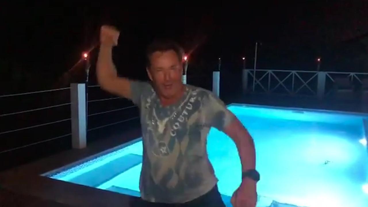 Joling gaat dansend nieuwe jaar in op Curaçao