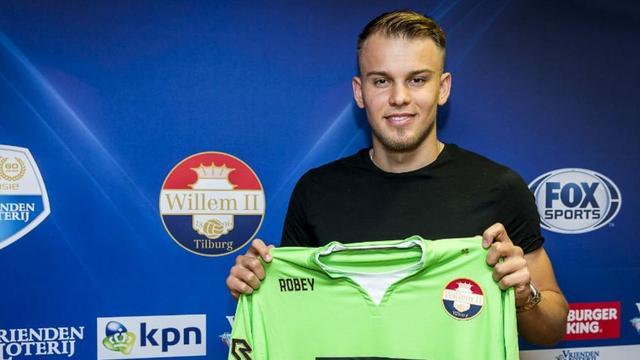 Willem II haalt Duitse doelman Wellenreuther als opvolger Lamprou