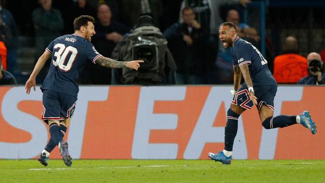 Lionel Messi maakte tegen Manchester City zijn eerste doelpunt voor Paris Saint-Germain.