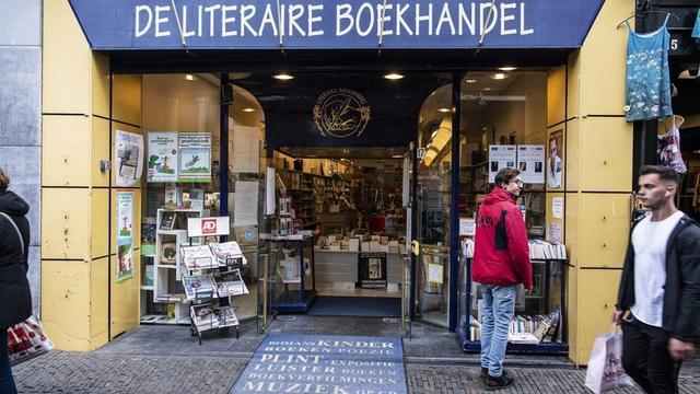 Literaire Boekhandel aan Lijnmarkt sluit na dertig jaar de deuren
