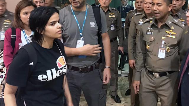 Canada verleent asiel aan naar Thailand gevluchte Saoedische vrouw