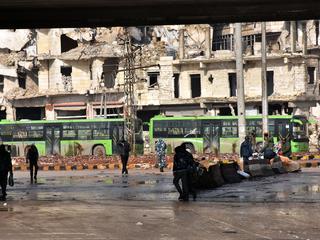 Tienduizenden mensen verlieten afgelopen dagen belegerde stadsdeel