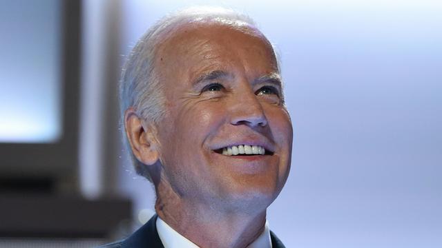 Voormalig vicepresident VS ontkent seksueel ongewenst gedrag