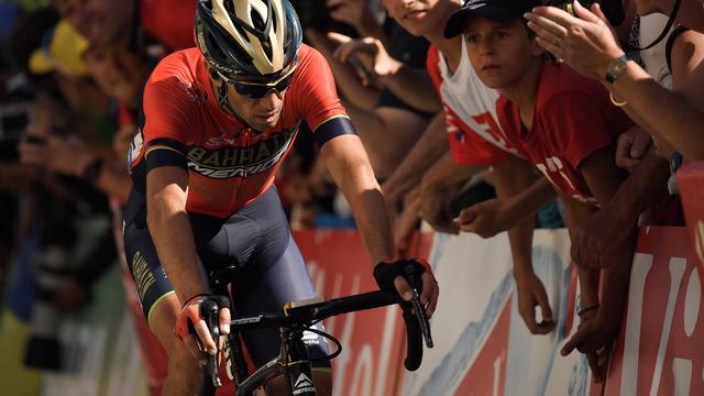 Oud-winnaar Nibali verlaat Tour de France met gebroken ruggenwervel