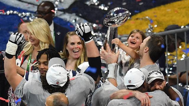 New England Patriots en Brady vestigen record met zesde Super Bowl-zege