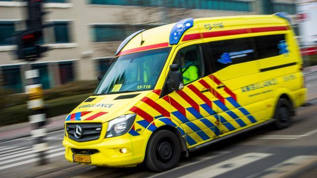 Minderjarige jongen gewond bij steekincident op Pieter Calandlaan