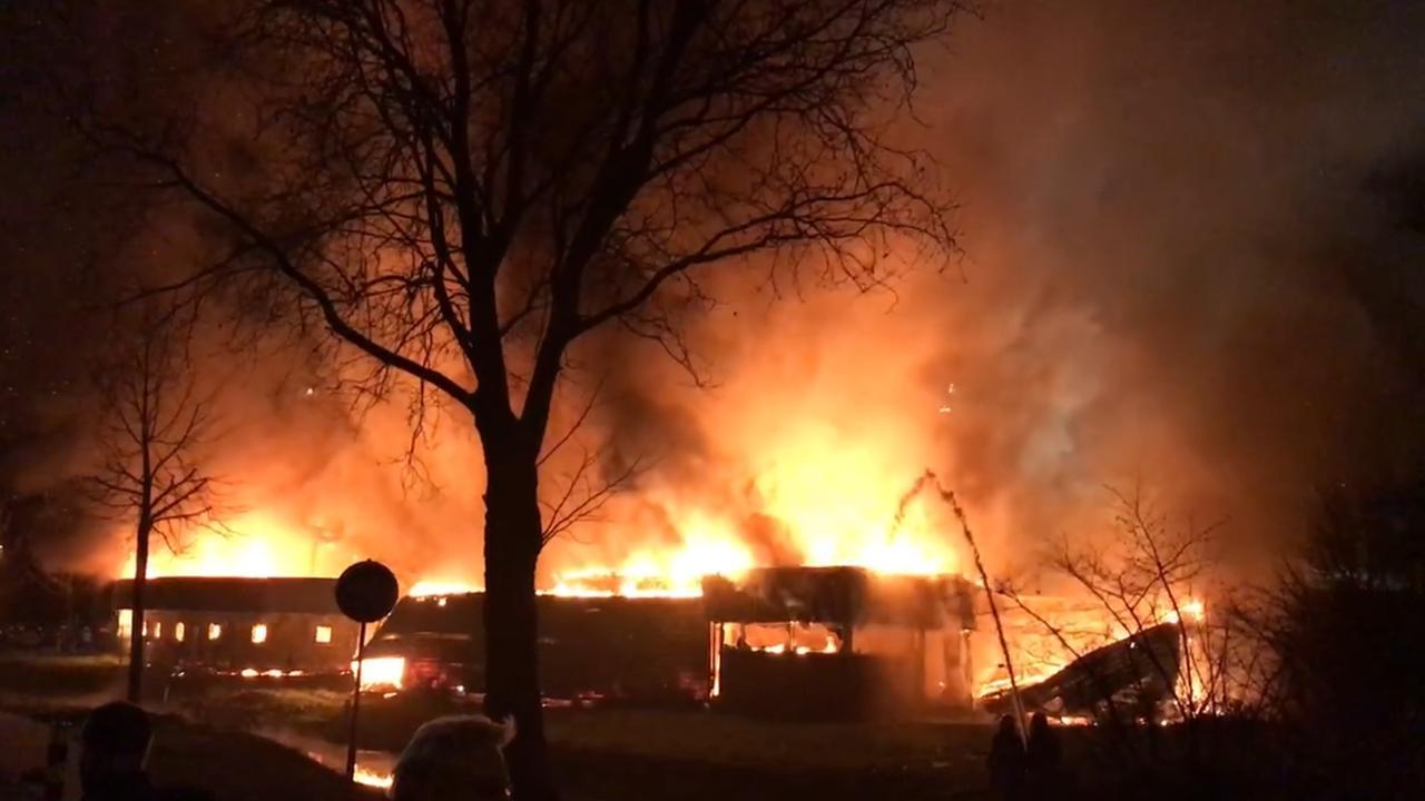 Grote brand in leegstaand zwembad Culemborg