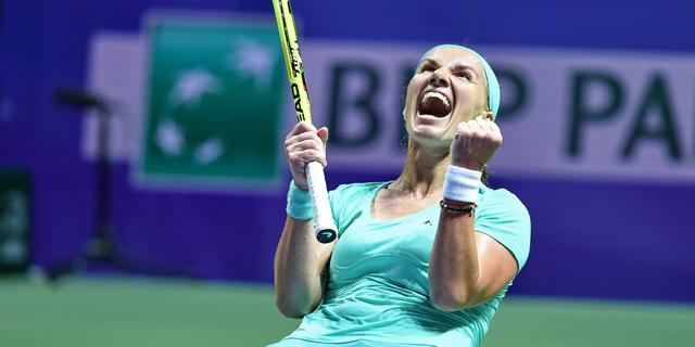 Kuznetsova naar halve finale WTA Finals, Radwanska verslaat Muguruza